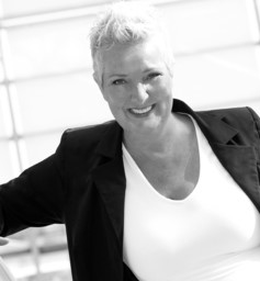 Sonja Bos